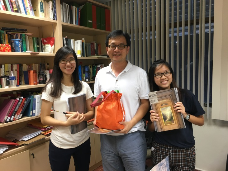 Dr Lee Seung-Joon with our Welfare Director Vina and Communications & Publications Director Yiling