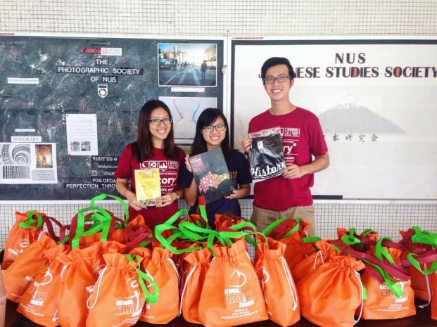 Exco members at AS1 Walkway giving out welfare packs